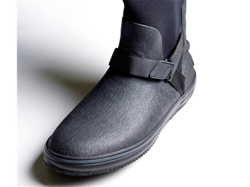 Pivot Boot